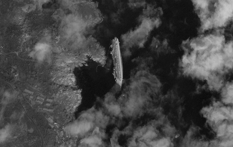 Satellite-image-of-the-ca-002 Costa Concordia